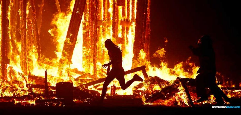 burning-man-worshiper-throws-himself-into-flames-pagan-festival-nteb